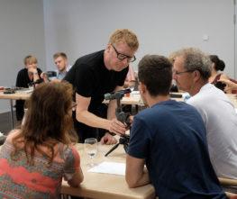 Smartphone Foto und Vidoe Kurs, Praxisworkshop filmen und fotografieren mit dem Handy. Wie funktioniert ein Gimbal und welche Gadgets gibt es?