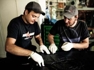 Unternehmensreportage, Herstellungsprozess von Carbonteile in der Automobilindustrie