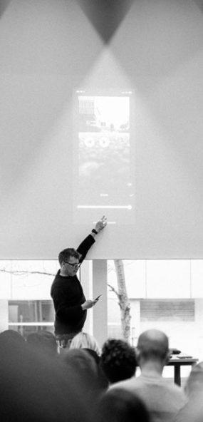 Vortrag zum Thema Smartphone Video. Mit welche Apps kann man schnell und einfach Videos schneiden.