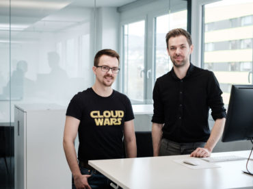 Unternehmensportrait von 10hoch10 einem jungen StartUp Unternehmen in Linz. Fotoreportage und Portraitfotografie Wolfgang Lehner Fotograf Linz