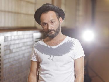 Schauspieler Sedcard Fotografie von Ethem Saygieder in der Linzer Tabakfabrik